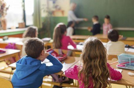 Garantia à educação de crianças e adolescentes ainda não é integral