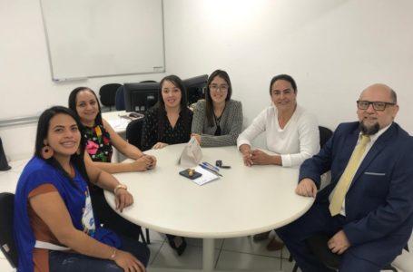 Tatiana Salles acompanha ação de renegociação para regularizações no CDHU – Independência
