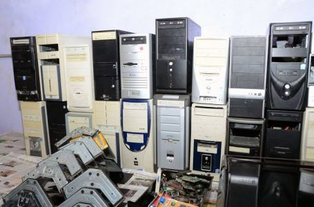 Estudantes coletam 234 toneladas de lixo eletrônico em São Paulo