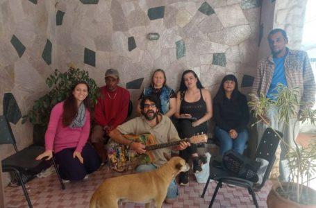 Música vira terapia em grupo criado pelo Caps em Cabreúva