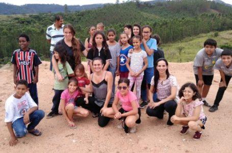 Crianças do Núcleo Socioassistencial conhecem roteiro do lixo do município em Cabreúva