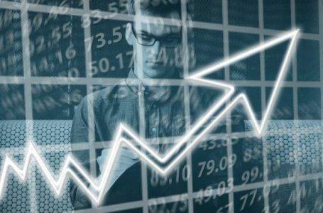 """O Gestor Escolar e o """"fantasma"""" da área financeira: 4 estratégias para gerar resultados"""