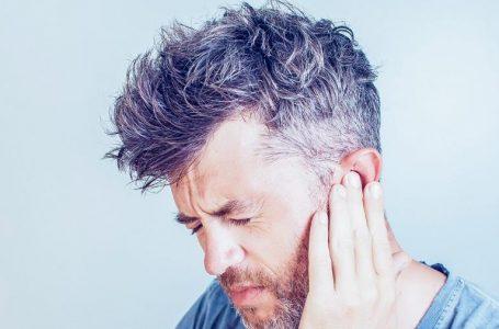 Por que a dor no ouvido é comum no verão?