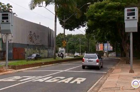 Prefeitura aplica mais de 100 'multas educativas' por excesso de velocidade em avenidas de Jundiaí