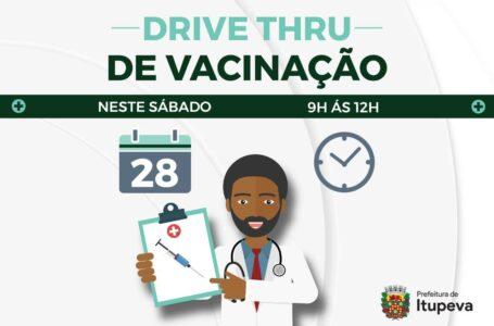 Prefeitura realizou drive-thru de vacinação contra a Influenza para idosos neste sábado (28) em Itupeva