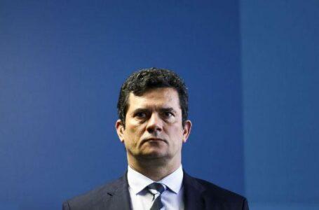 A saída de Sergio Moro e a manipulação do governo. Pode ser o fim do país?