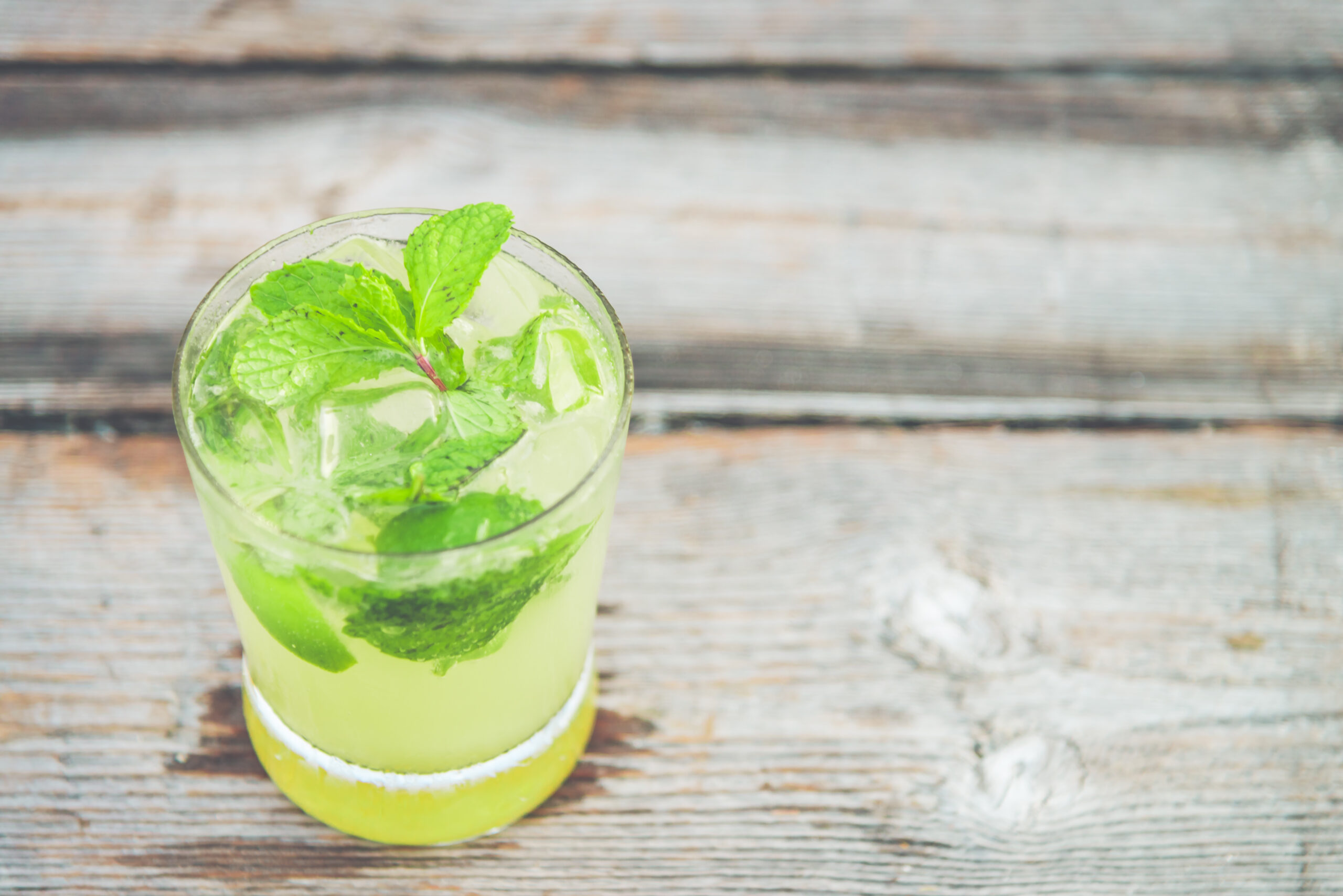 Dr. Filippo Pedrinola alerta sobre o ganho de calorias ao ingerir bebida alcoólica