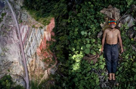 Imagens de indígenas ameaçados da Amazônia vencem prêmio de fotografia da Sony