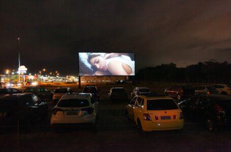 Cinema drive-in: filmes, ingressos, programação e horários
