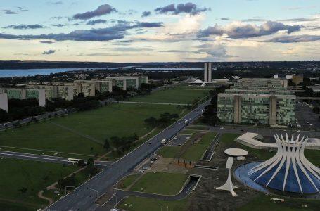 Governo economiza R$ 1 bilhão com trabalho remoto de servidores