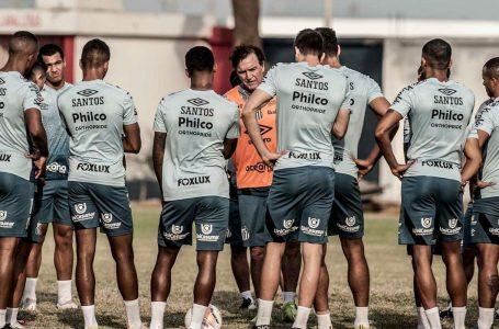 Libertadores: Líder do Grupo G, Santos enfrenta o Delfín no Equador