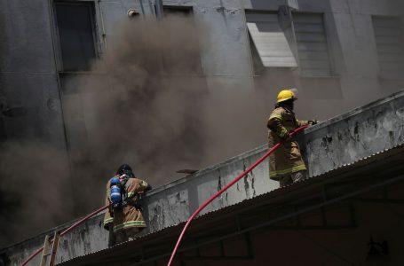 Bombeiros controlam incêndio no hospital de Bonsucesso