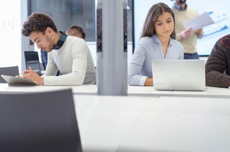 Mulheres em cargos de liderança ganham, em média, 23% a menos que homens, aponta pesquisa