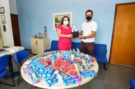 Em ação solidária, Assistência Social recebe kits de higiene dos alunos da Esef em Jundiaí